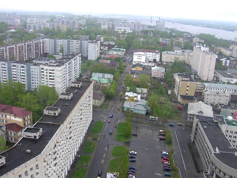 http://www.arhcity.ru/album/city-06-2003/pict8633.jpg