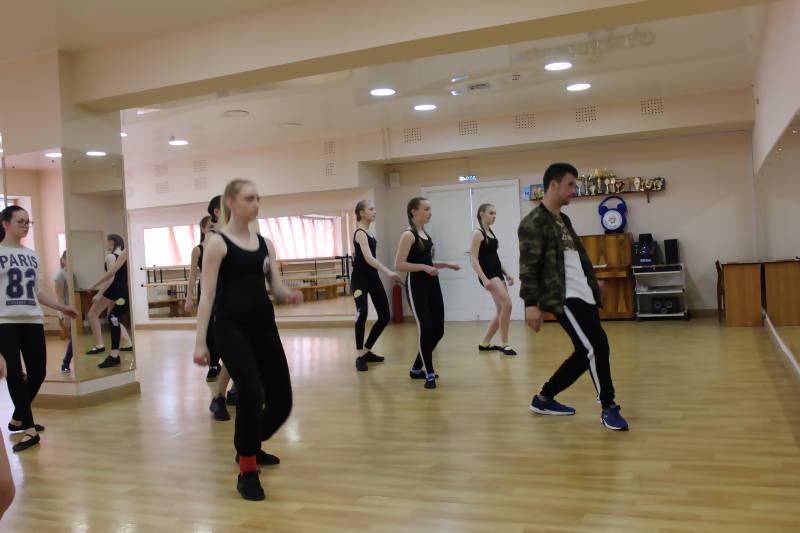 В рамках первого хореографического фестиваля в Ломоносовском Дворце культуры прошло два мастер-класса